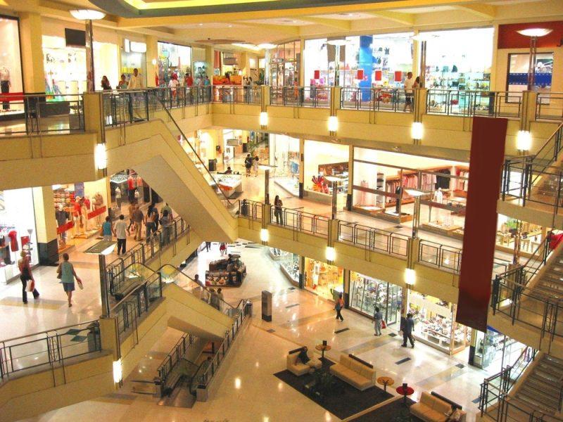 Hur påverkas svenska butiker av köp på nätet?